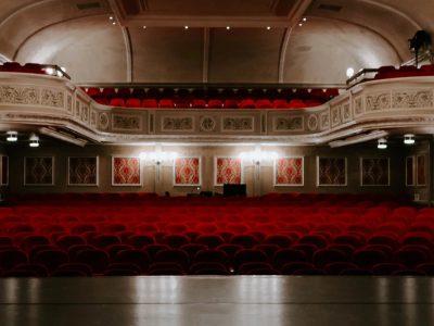 De Theaterkrant publiceert lijst met online theater